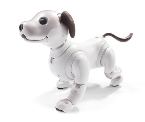 CES; CES 2018; technology; tech news; gadget; lenovo; smart speaker; lenovo smart display; google; google assistant; HD display; razer; project linda; prototype; smartphone; laptop; touchscreen; HTC; VR; VR headset; HTC vive pro; sony; sony aibo; robot dog; robot; AI; loreal; loreal uv sense;